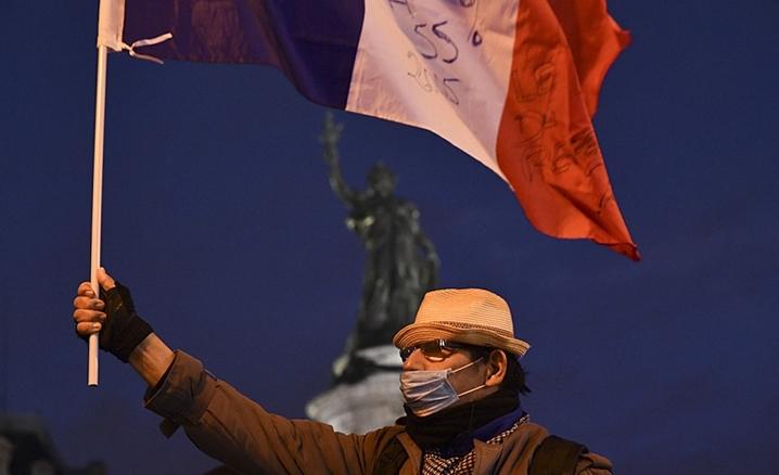 Fransa'da İslam karşıtı saldırılar artıyor
