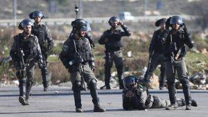 İsrail güçleri 21 Filistinliyi gözaltına aldı
