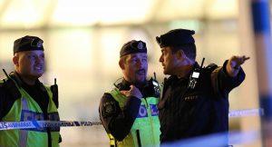 İsveç'te bir aşırı sağcı, öğrencilere saldırdı