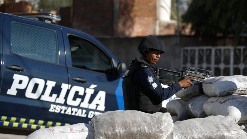 Meksika'da 12 polis suçlanıyor